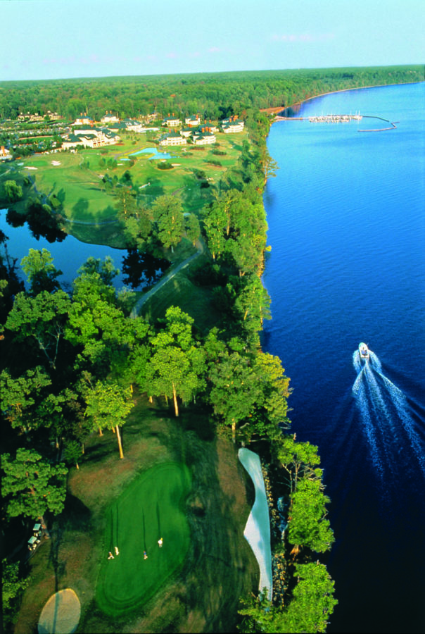 Kingsmill on the James – Virginia Gated Communities - Aerial view of boating