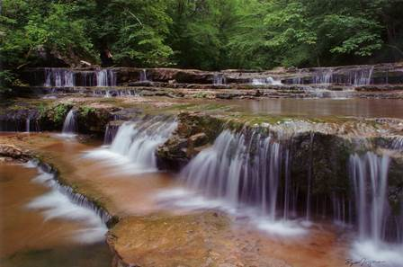 Tennessee Gated Communities | Waterfall in Franklin County