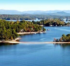 Keowee Key | South Carolina Lake Community | Retire to SC