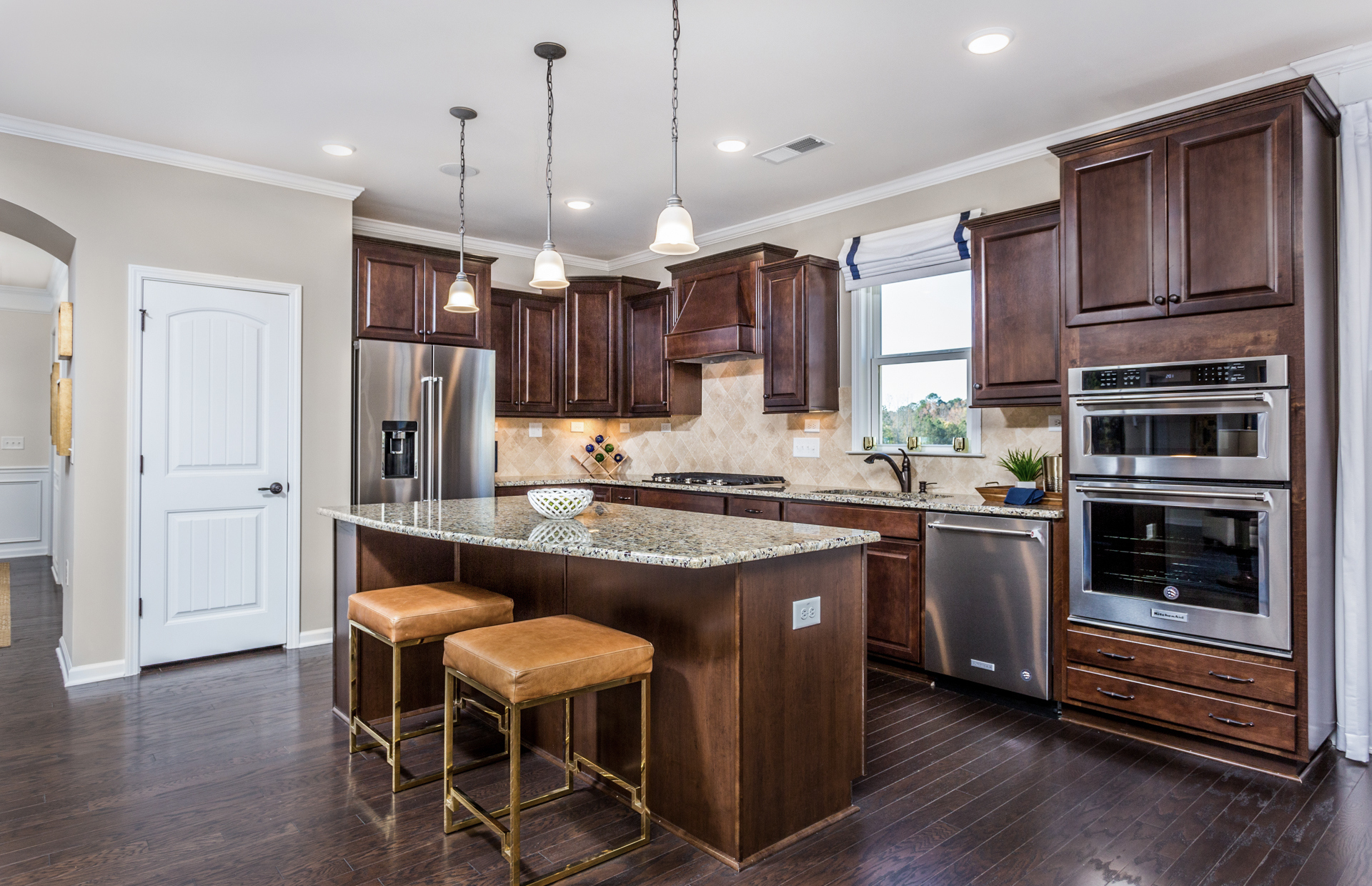 NC-Traditions-Abbeyville-kitchen3.jpg